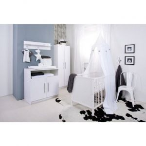 Babykamer Tess (Ledikant + Commode)